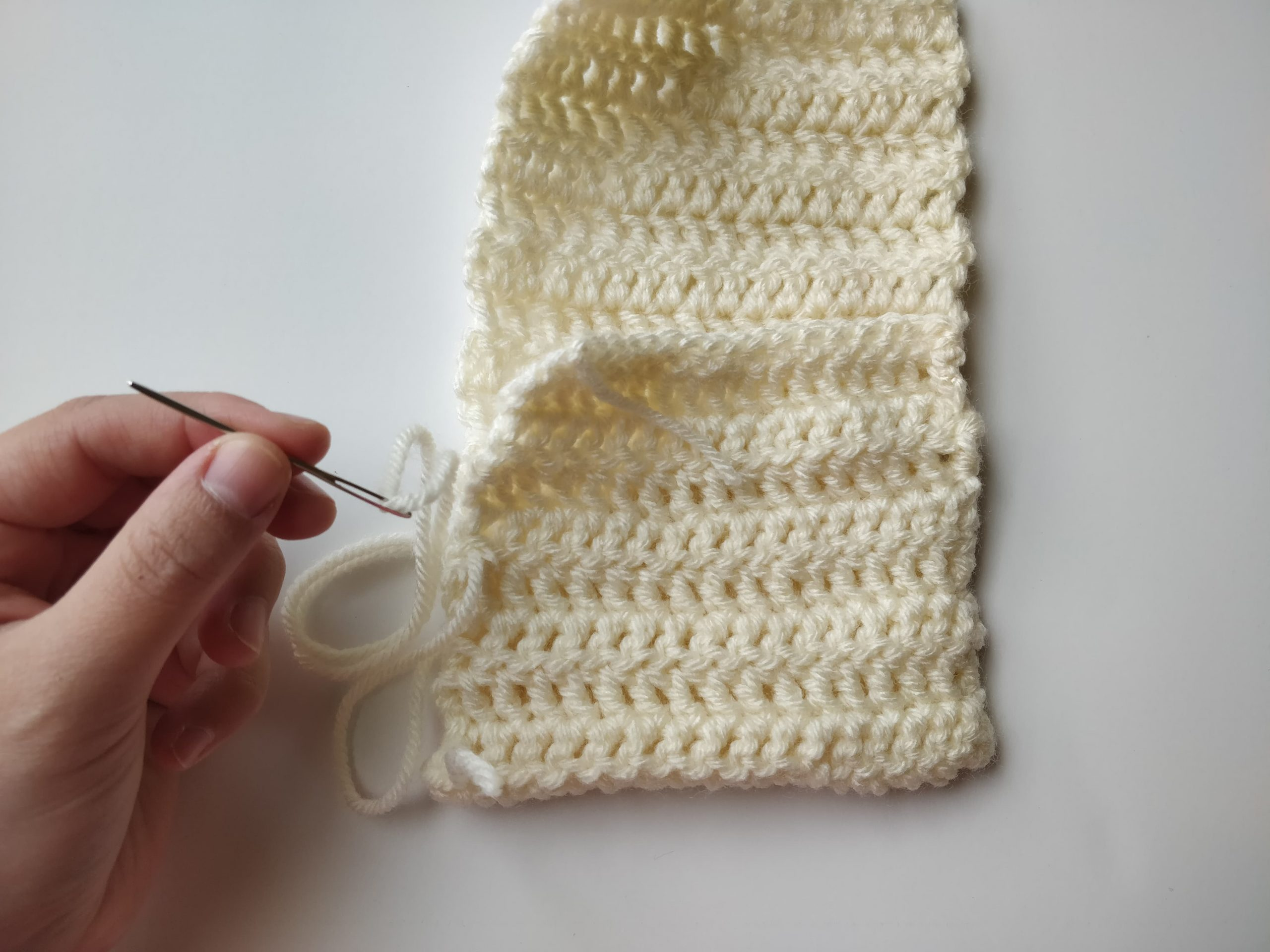 crochet utensil holder and bow pattern sewing