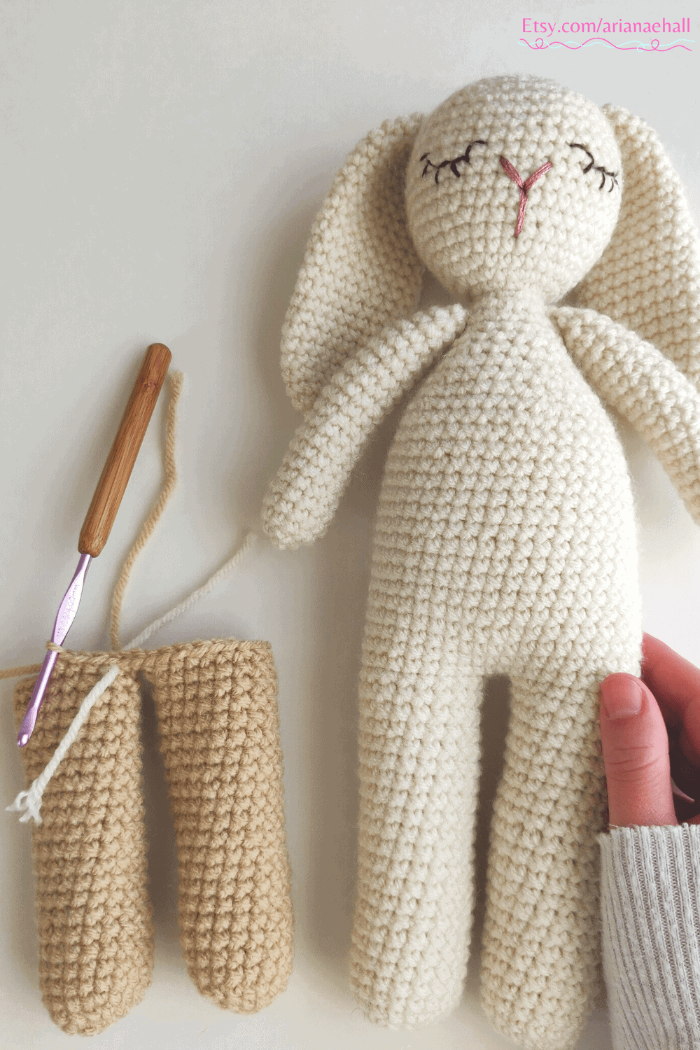 White crochet bunny and